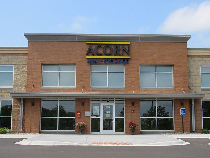 -Acorn_Storage_Champlin